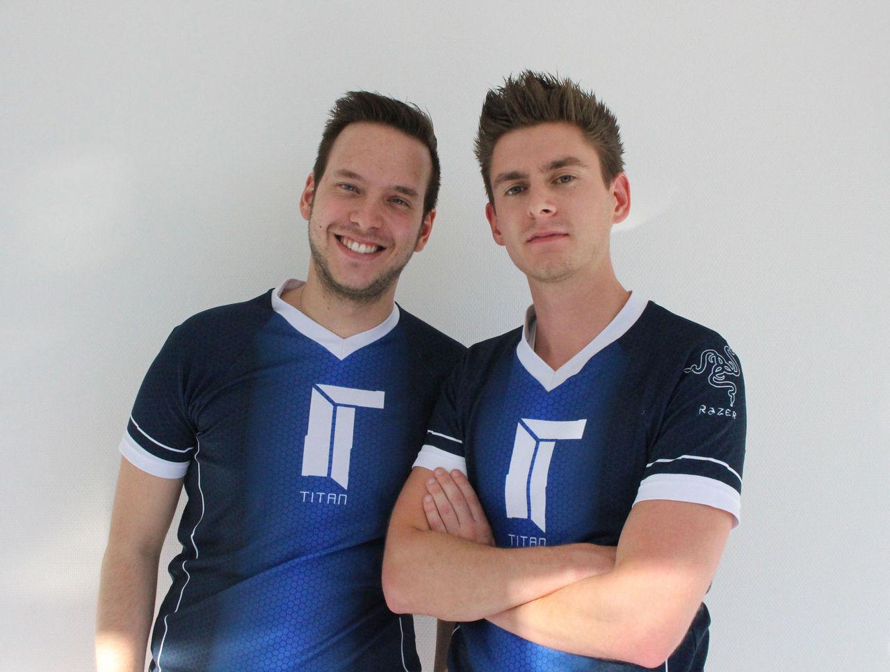 Maniac и Ex6TenZ в форме команды Titan